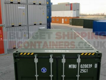 What types of shipping container are available for storage use?