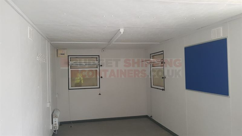 32x10ft Offices and Storage Containers Manchester (Used)