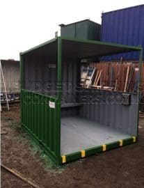 Upcycled Smoking Shelter