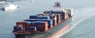 Shipping industry to use low-sulphur fuels by 2020